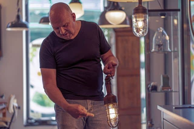Het Lichtatelier: Winkel voor authentieke industriële lampen